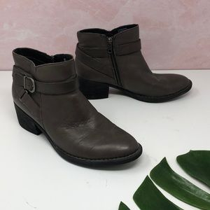 Born Brown Leather Buckle Ankle Booties 8M G5